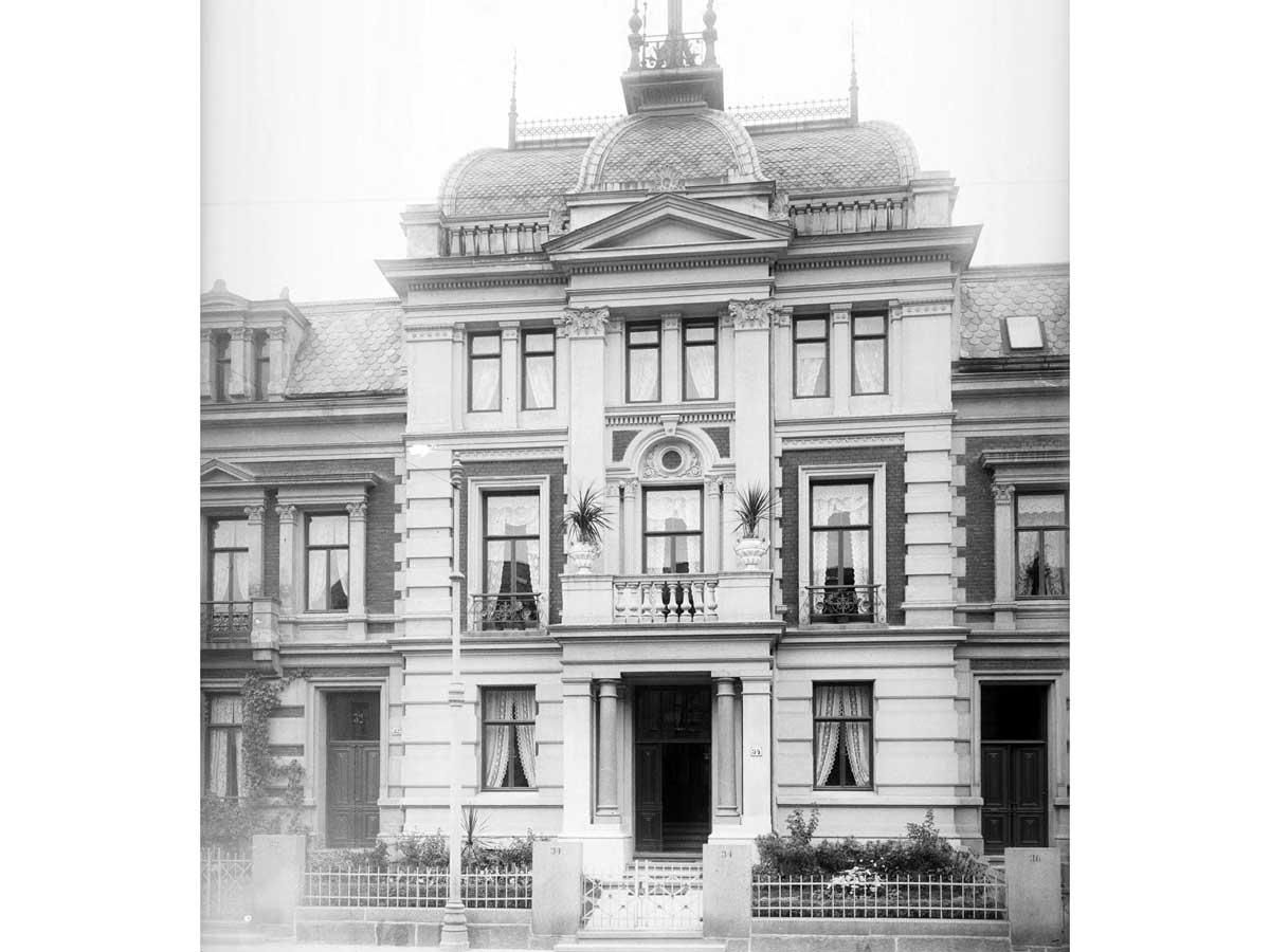 det-engelkse-kvarter-paul-due-fasade