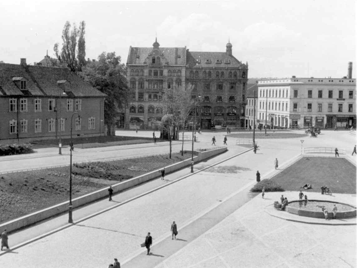 Arne-Garborgs-plass-og-Akersgata-63
