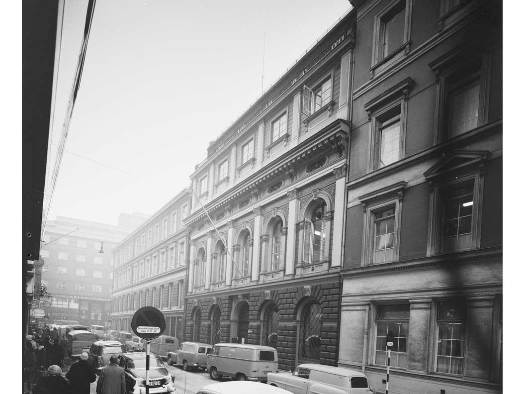 Nedre-Slottsgate-12-kredditkassens-hovedkontor-1877