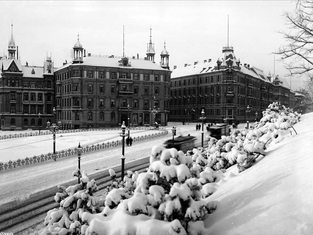 slottsparken-victoria-terrasse-henrik-ibsens-gate-Glitnegården